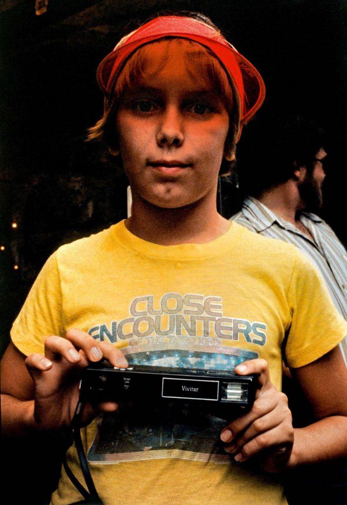 17 704x1024 - Kodachrome Photos Taken By A Shy Student In 1980s NYC