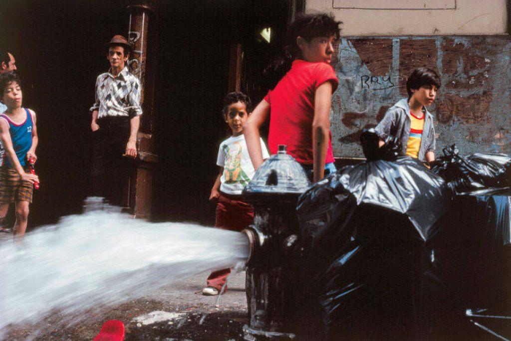 30 1024x684 - Kodachrome Photos Taken By A Shy Student In 1980s NYC