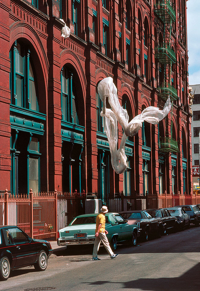 5 - Kodachrome Photos Taken By A Shy Student In 1980s NYC