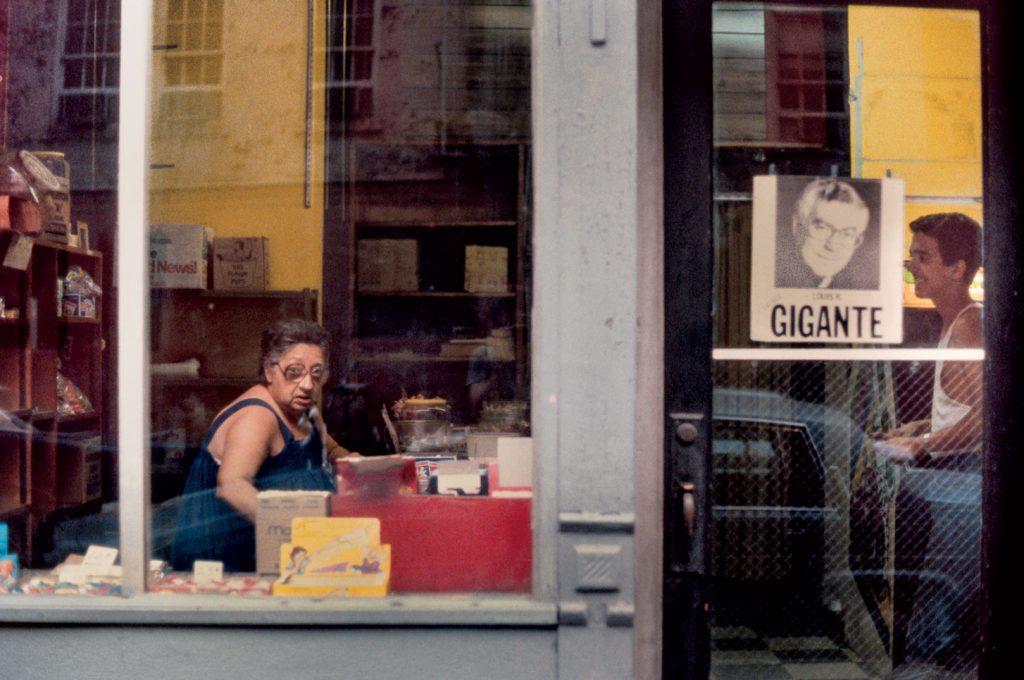 8 1024x680 - Kodachrome Photos Taken By A Shy Student In 1980s NYC