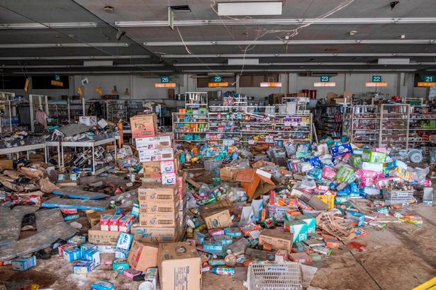 PAY Abandoned Fukushima 4 - Eerie pictures show the desolate streets of Fukushima, seven years after nuclear disaster