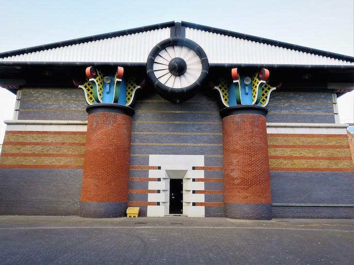 8a  thames pumping station - 13 More Of London's Most Surprising Buildings