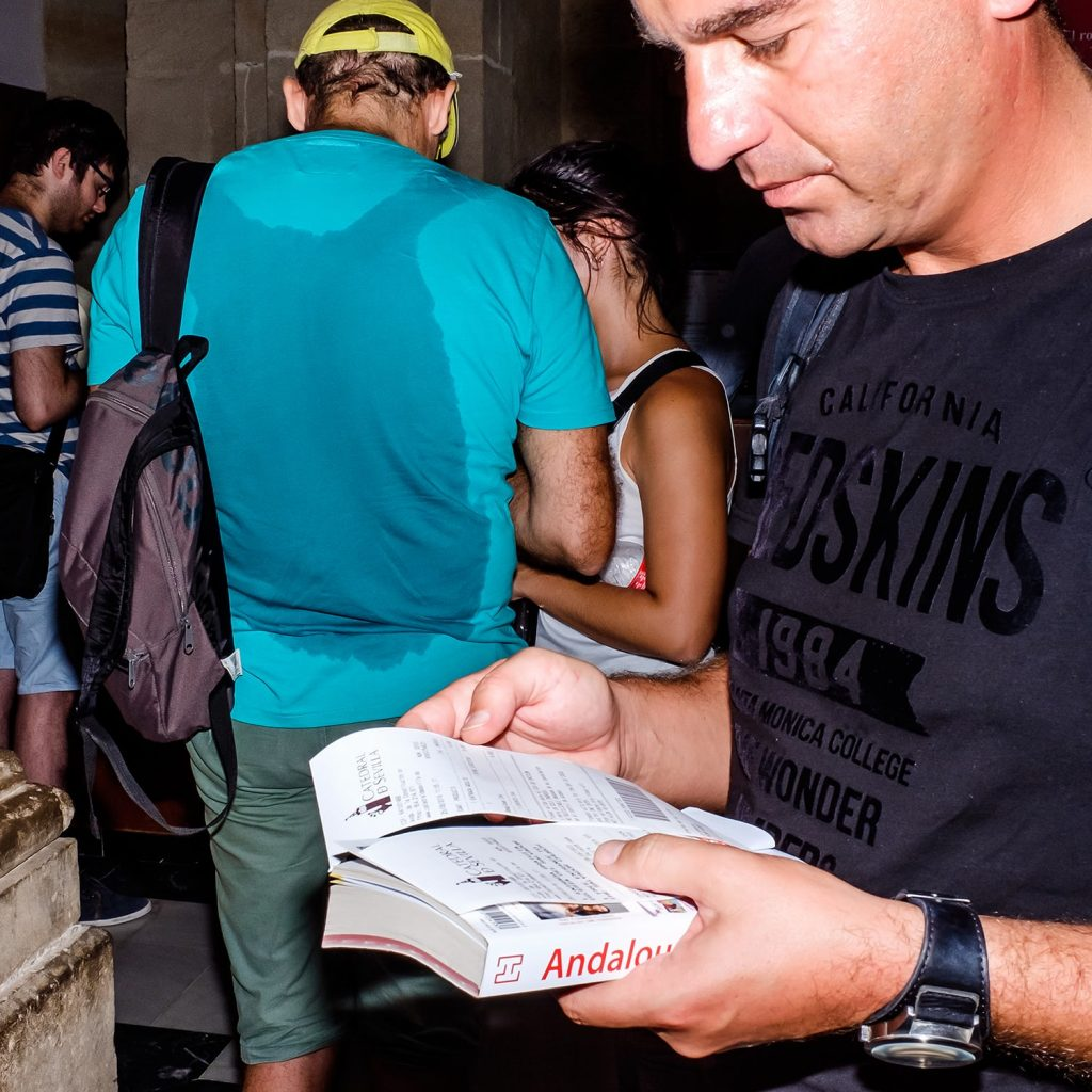 1500 1 1024x1024 - Selfies and sweat stains: bad holidays and bored tourists