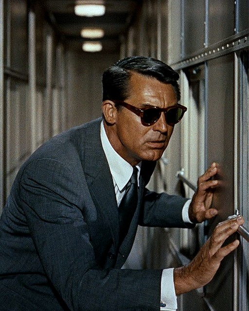 A Guide to Men's Classic Sunglasses